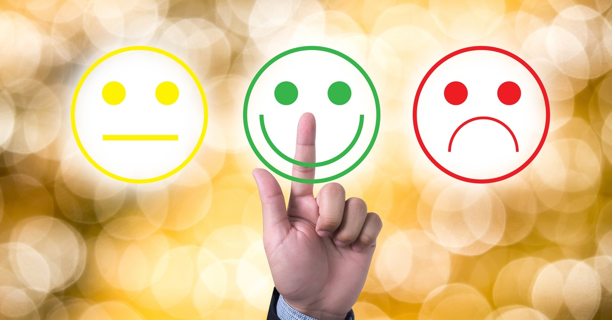 ¿Cómo tratar clientes enojados con frases asertivas?