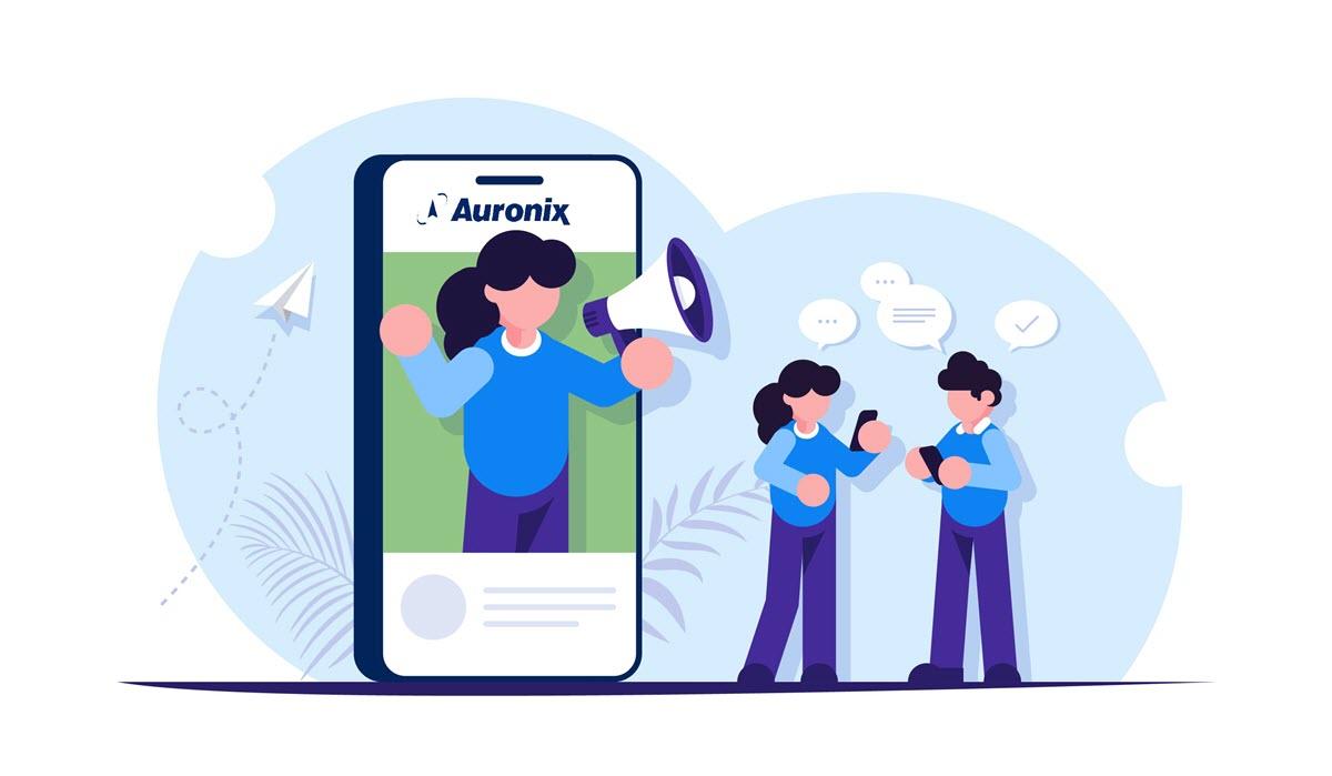 SMS masivos en la educación, by Auronix